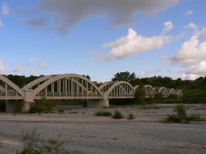 il ponte sul fiume….Lao