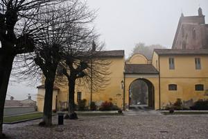 l'abbazia nella nebbia