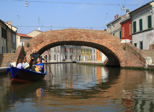 Ponte San Pietro sul canale di via Agatopisto