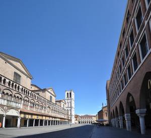 Piazza Trento e Trieste a Ferrara
