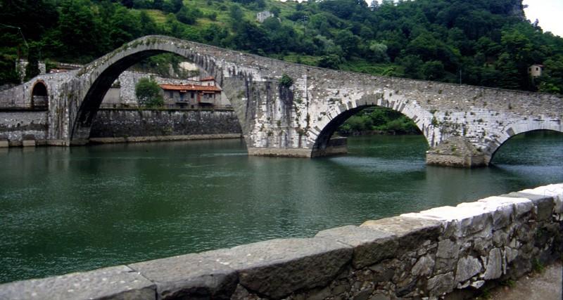 ''Ponte della Maddalena o Ponte del Diavolo'' - Borgo a Mozzano