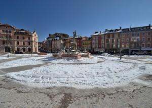 Piazza Carli in versione invernale.