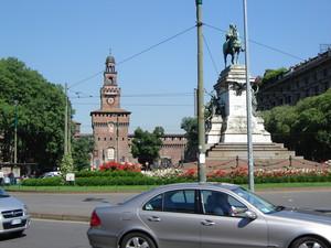 Milano Largo Cairoli