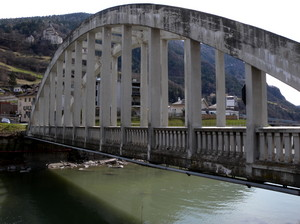 Un ponte verso il castello