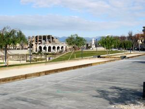 s maria capua vetere piazza Adriano imperatore romano (76-138)