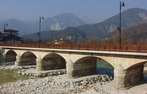 Ponte sul fiume Resia