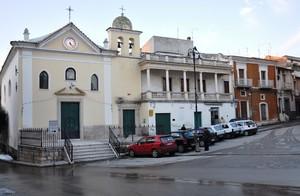 Piazza Domenico Fioritto con la Chiesa dell'Addolorata