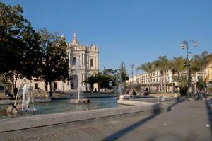 Piazza Bartolo Longo