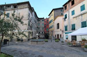 Piazza SS. Filippo e Giacomo ad Airole