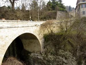 Il Ponte per la vecchia Casteldurante