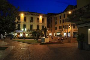 Piazza Giuseppe Zanardelli