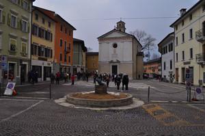piazza martiri della resistenza, borgo valsugana