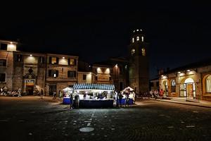 Piazza centrale di Sirolo