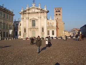 la piazza di Mantova