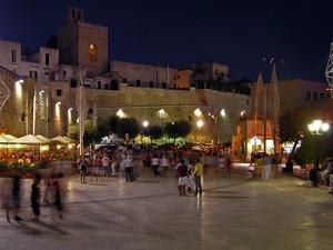 Il piazzale delle Mura a Porta Terra – Otranto