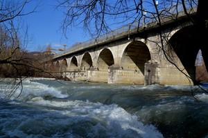 Ponte 25 Archi sul Volturno (Fraz.Roccaravindola) – Montaquila