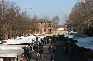 Il mercato di piazza Carducci