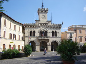 Fiuggi piazza municipio