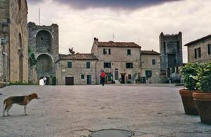 A Monteriggioni