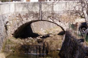 Ponte sul torrente Rombonos