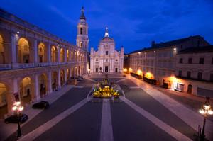 Ora Blu in Piazza Madonna