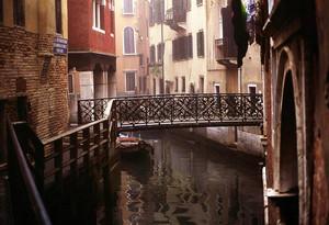 Ponte in ferro battuto, Venezia 1994