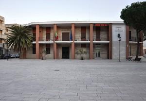 Piazza Aldo Moro col Municipio