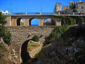 ponte nuovo e ponte antico