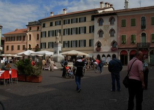 Concorso fotografico cividale del friuli for Piazza del friuli