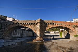 Ponte sul torrente Gualtieri