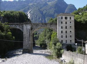 Il ponte e la casa del dazio sul fiume Diveria