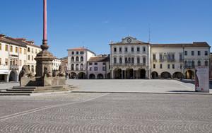 I leoni di Piazza Maggiore