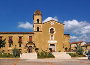 Altomonte: piazza di San Francesco di Paola