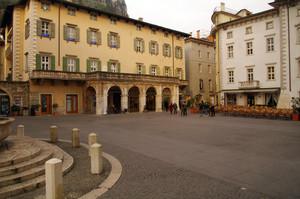 Piazza 3 Novembre