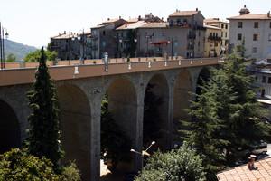 Ponte di accesso