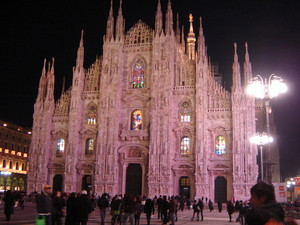 Milano piazza duomo notturna