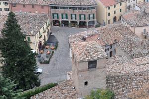 Piazza vista dal castello
