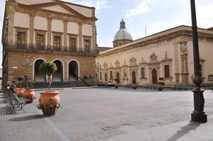 Piazza del Municipio.