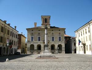 Piazza ducale n°2