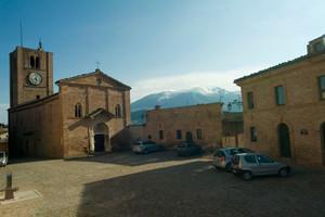 Sarnano (MC): piazza alta