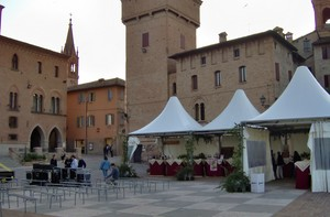 Piazza Roma si prepara al concerto…