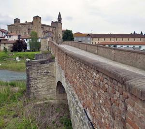 """"""" Un ponte per il castello """""""