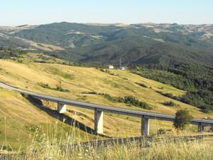Salendo verso Morrone del Sannio.