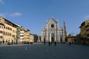 Una classica piazza fiorentina