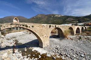 Ponte Antico sul torrente Argentina