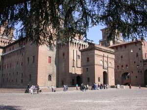 piazza del castello estense