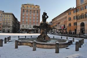Roma in 'Bianco' – Piazza Barberini