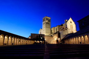 Assisi di sera