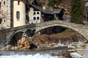 Il ponte del XIII secolo