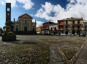 Domenica mattina in piazza Roma